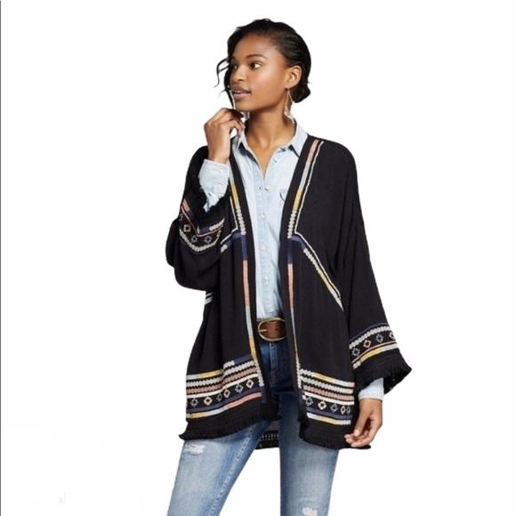 Knox Rose Sweaters Black Aztec Embroidered Fringe Kimono